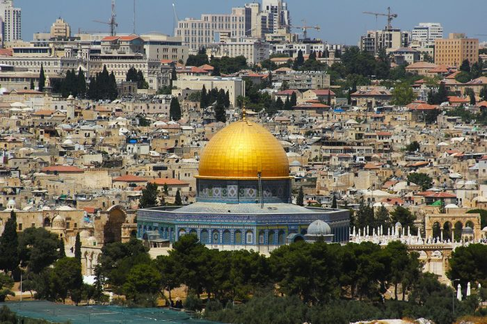 Top 5 spectacular places to visit in Israel