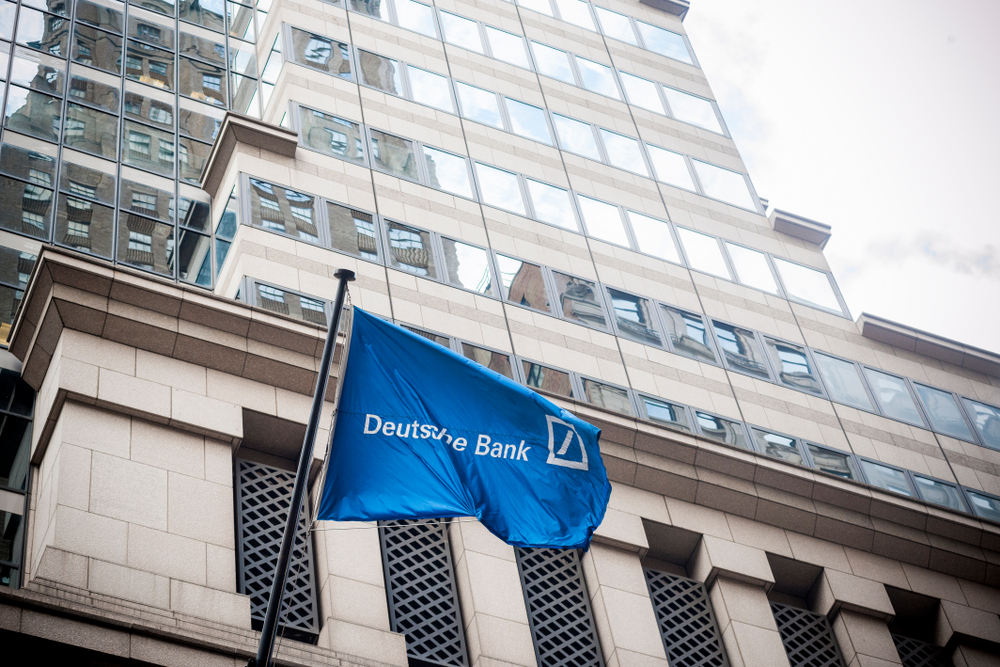 Deutsche Bank: Sells Bonds for Boosting Capital