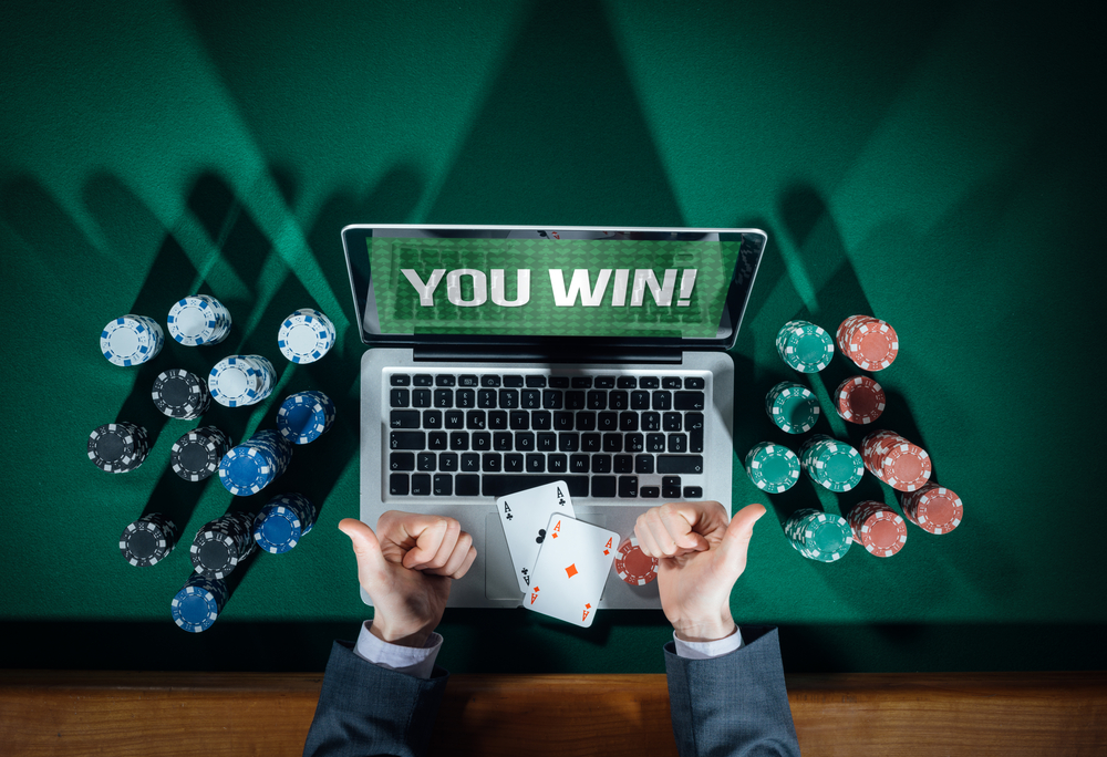 Online Poker Tournaments $800 Million in Prizes