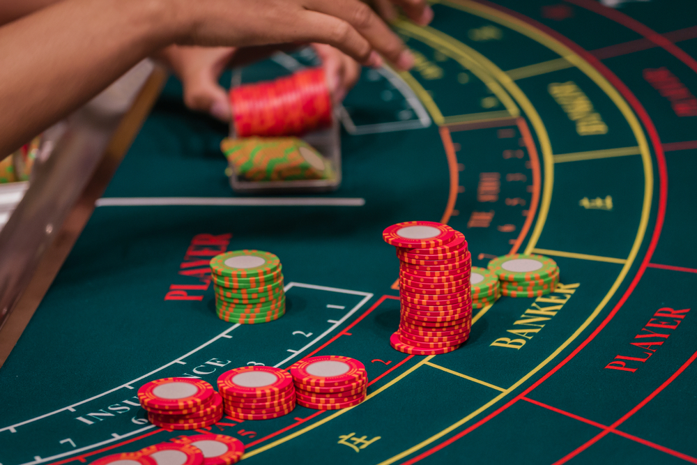 How to Play Baccarat - Rules & Tips for Beginners